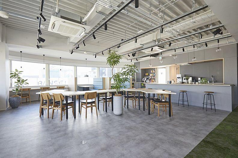 大塚駅5分!1~5名利用可能な、居心地のよいレンタルオフィス、MIDPOINT大塚